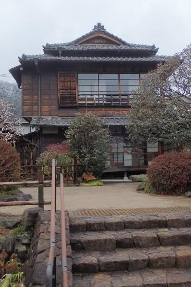 P3010009高尾駒木野庭園 (373x560).jpg