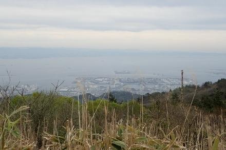 P4280518六甲山最高峰1331 (440x293).jpg