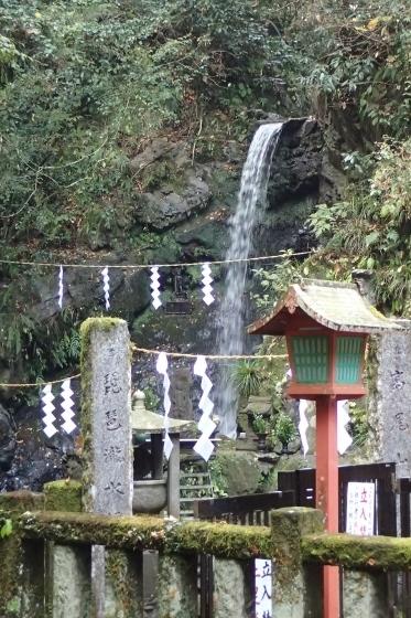 PB148442琵琶滝 (373x560).jpg